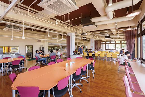 Cafeteria / Terrace